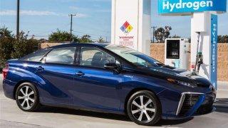 Toyota plánuje výrazně navýšit prodej vodíkových aut