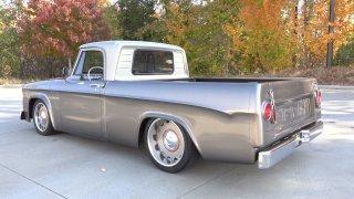 Parádně opravený pickup ze 60. let - Obrázek 11