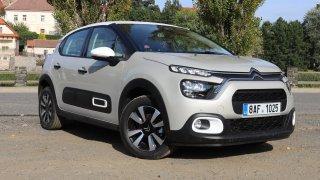 Srovnání dne: Citroën C3 vs. Škoda Fabia. Francouzský šarm proti optimalizované racionalitě