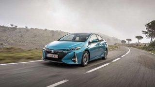 Toyotě se daří prodávat elektrifikovaná vozidla. Vloňském roce jich bylo přes 1,5milionu