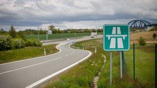 Neomezená rychlost na německých dálnicích asi brzy skončí, věští šéf Audi. Ve jménu ekologie