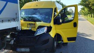 Jeden zraněný, čtyři nabouraná auta a dopravní kolaps u Vodňan. Stačilo dát přednost kachnám