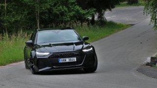 V8, podvozek mnoha tváří, všestrannost. Našli jsme důvody, proč je Audi RS6 nejlepší auto na světě