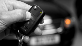 Ukrást auto s bezklíčovým odemykáním a startováním? U většiny značek hračka