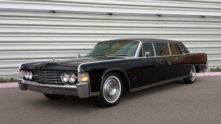 Upravený Lincoln Continental od Lehmann-Peterson l