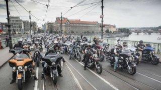 Harley-Davidson jízda Prahou