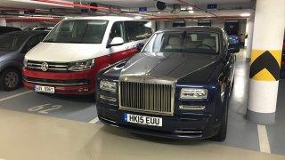 Někdo koupil parkovací místo za cenu luxusní vily v Praze. Prodalo se za 27 milionů korun