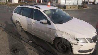 Řidič nebezpečně kličkoval na dálnici a nešlo ho předjet. Opilý ani zfetovaný ale nebyl