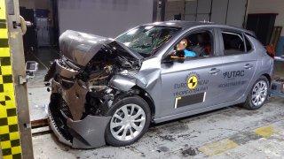 Proč se Opel Corsa nedostal do pětihvězdičkové společnosti? Čtyři nové crash-testy Euro NCAP