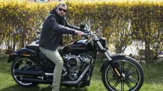 Novým ambasadorem Harley-Davidson se stal rapper Marpo