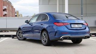 Test: Nový Mercedes třídy C je scvrknuté eSko. Posádku uhrane luxusem i neuvěřitelnou spotřebou