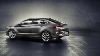 Známe českou cenu Hyundai i30 Fastback. Má se Škoda bát?