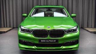 Za hranou! Svítivě zelená Alpina B7 Biturbo