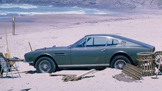 Aston Martin DBS ve filmu s Jamesem Bondem
