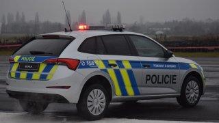 Policie měla na jedno nové auto připraveno až 847 tisíc korun. Škoda nabídla Scalu levněji a vyhrála