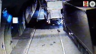 Řidič kamiónu usnul a udělal škodu za 650 tisíc korun. Nehodě by zabránil adaptivní tempomat