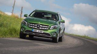 Mercedes-Benz GLA po faceliftu omládl.