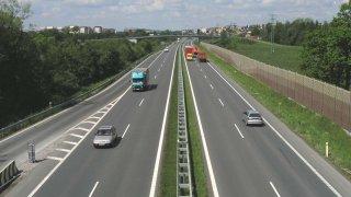Kraje dostanou čtyři miliardy na opravy silnic II. a III. tříd