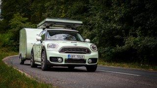 Countryman a minikaravan mají ujeto přes 1000 km