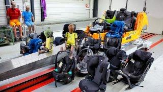 Test dětských sedaček 2021 - ADAC