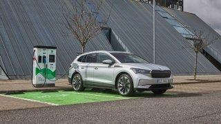 Elektromobily nehoří častěji než jiná auta. Podle Škodovky jsou stejně bezpečné