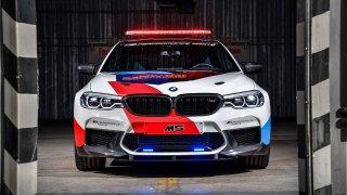 Seriál MotoGP má nový safety car. Impozantní BMW M5