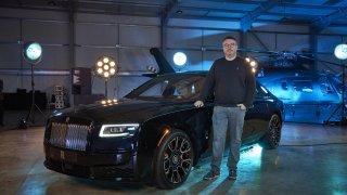 Řídili jsme nejčernější vůz všech dob. Rolls-Royce, jehož jediné kolo stojí jako auto do města