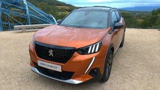 Nové SUV Peugeot 2008 se přibližuje kombíkům. Rozměry i jízdními vlastnostmi
