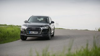 Nové Audi Q5 skvěle jezdí.