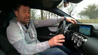 Hlasové ovládání Mercedesu CLA učí trpělivosti. Je ideální pro ty, kdo si při jízdě rádi povídají