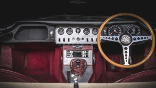 Moderní multimediální systém pro klasické automobily