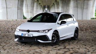 Test Volkswagenu Golf GTI Clubsport 45: Jízdně nejlepší předokolka současnosti, ale ten interiér