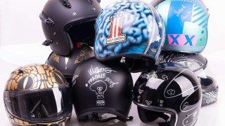 Harley-Davidson přilby k dražbě