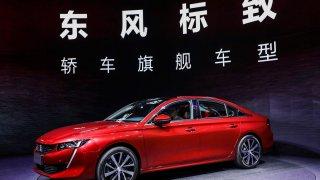 Peugeot představuje na autosalonu v Číně model 508L