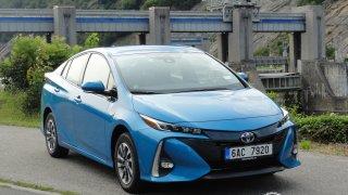 Toyota Prius PHEV - opravdu ekologická?