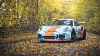 Zrezlé Porsche GT3 RS v legendárních barvách vypad