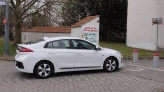 Hyundai Ioniq PHEV - exteriér 4
