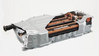 Plné dobití baterie za 15 minut? Toyota a Panasonic tvrdí, že mají funkční prototyp