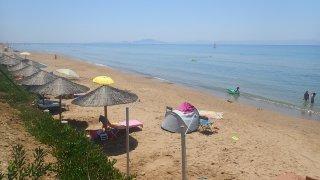 Rozdíl od chorvatských pláží cítíte od první vteři