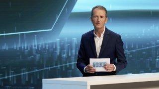 VW se zase inspiruje Teslou. V jeho plánech elektromobility do roku 2030 může hrát roli i Česko
