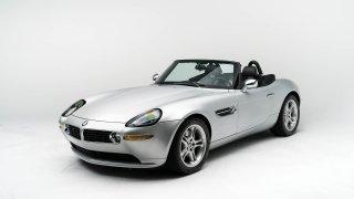 BMW Z8 po Stevu Jobsovi čeká na vás. Levné ale nebude!