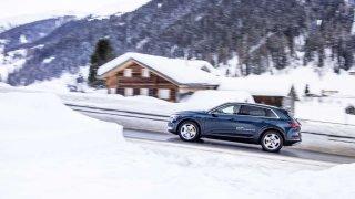 Audi e-tron jezdí v Davosu