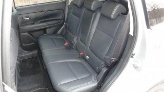 Mitsubishi Outlander interier 4