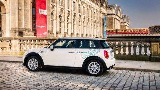 BMW Group a Daimler AG se dohodly na spojení služeb mobility