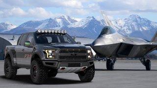 Ford postavil extrémní Raptor inspirovaný neviditelnou stíhačkou