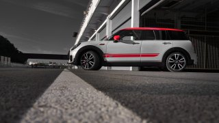 MINI John Cooper Works Clubman 12