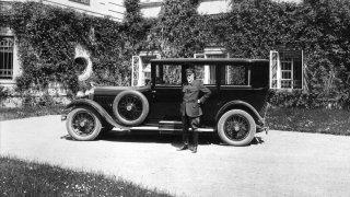 Škoda Auto si připomíná 100 let od založení Československa. S tímto výročím se v automobilce pojí řada silných příběhů a výrazných osobností.