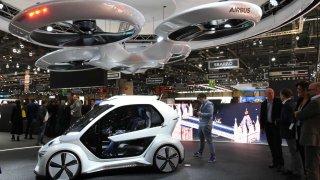 Jan Tleskač by se divil. Audi, Italdesign a Airbus kombinují autonomní automobil a osobní dron.