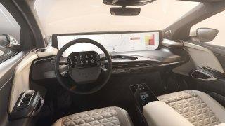 Luxusní čínský elektromobil v hávu SUV Byton M-Byte chce dobýt Evropu. Na nabití ujede až 460 km