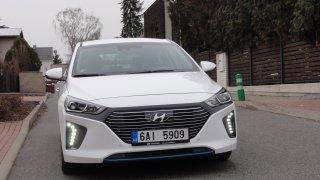 Hyundai Ioniq PHEV - exteriér 3